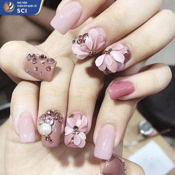 Nếu như hồng phấn đáng yêu thì hồng đất lại đem đến vẻ đẹp đằm thắm hơn - hoidapnails.com