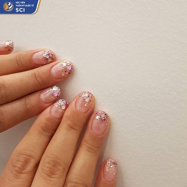 Mẫu móng tay đơn giản và đẹp cho học sinh - hoidapnails.com