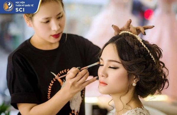 học nghề make up  - hoidapnails.com