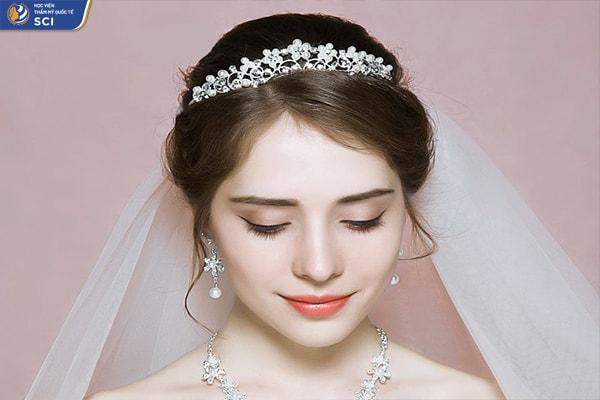 Học trang điểm cô dâu Sài Gòn - hoidapnails.com
