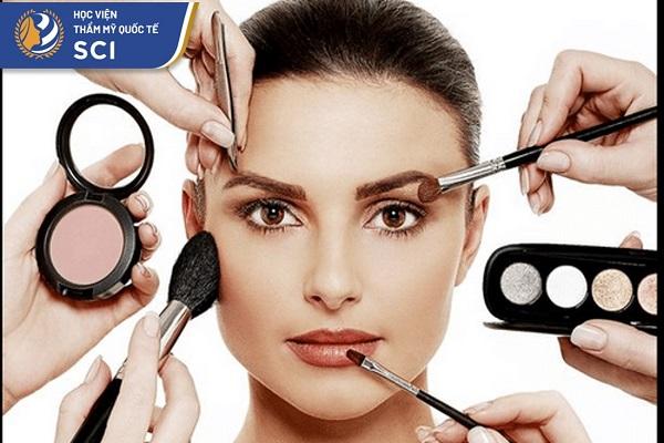 Học makeup kiếm tiền - hoidapnails.com