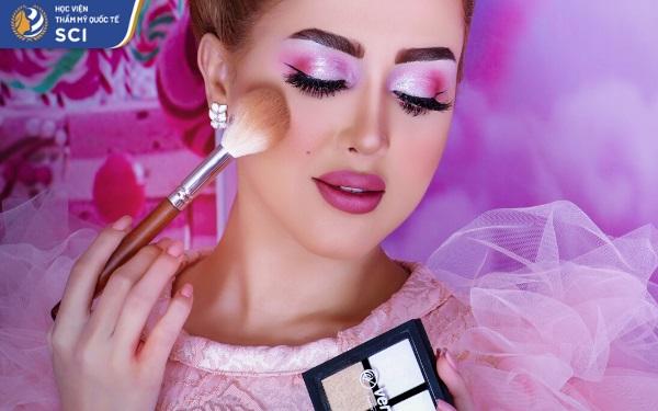 Học make up chuyên nghiệp - hoidapnails.com
