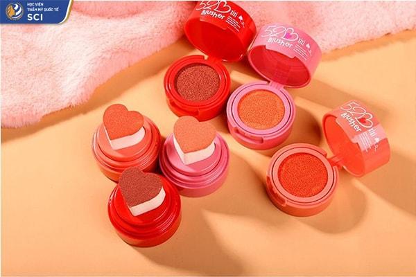 Make up nhẹ nhàng đi học - hoidapnails.com