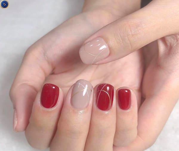 Mix match với đỏ và nude cho một bộ nail hoàn hảo đón Tết - hoidapnails.com