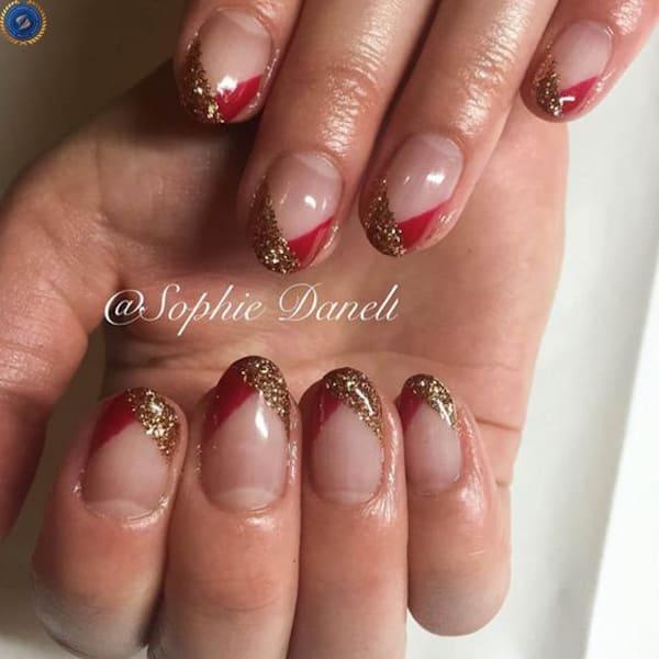 Mẫu nail french kết hợp giữa đỏ và nhũ vàng - hoidapnails.com