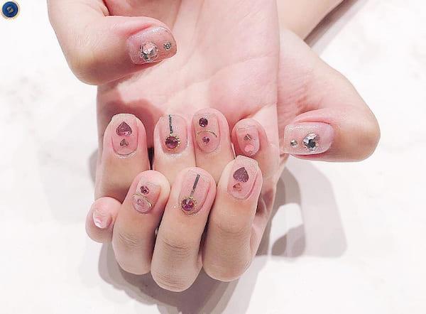 Mẫu nail phong cách Nhật bản trong veo - hoidapnails.com