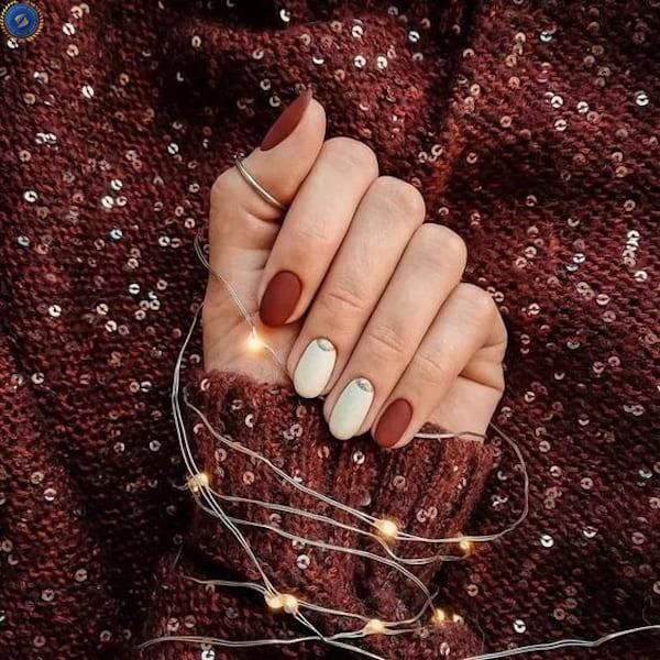 Mẫu nail lì đỏ đô cùng trắng cho mùa lễ hội - hoidapnails.com